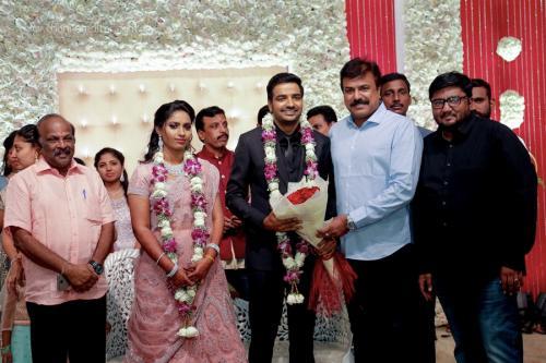 Actor Sathish - Sindhu Wedding Reception Stills 21