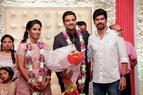 Actor Sathish - Sindhu Wedding Reception Stills 27