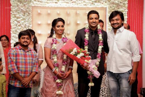 Actor Sathish - Sindhu Wedding Reception Stills 28