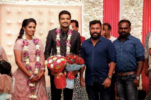 Actor Sathish - Sindhu Wedding Reception Stills 31