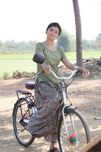 Kamali from Nadukkaveri 11